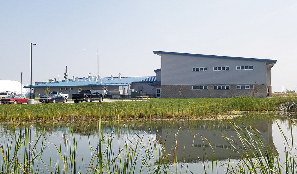 profile of recently complete contemporary iDOT facility in Fairfield, IA